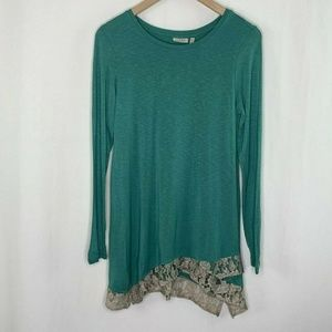 Logo Tunic Top With Lace Accent Green XS Lagenlook